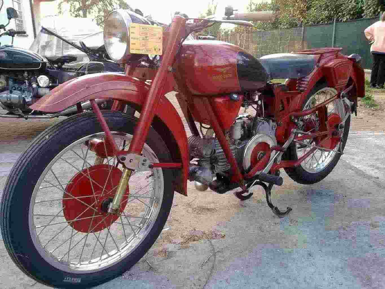 Moto Guzzi Airone Turismo 250c.c. conservato del 1954