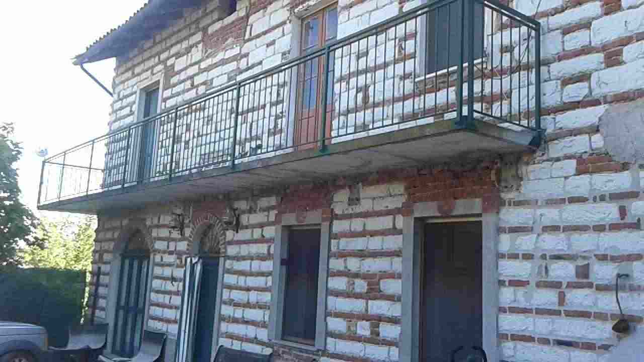 Casa indipendente nel Monferrato