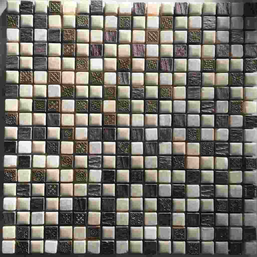 Mosaico gres e pietra naturale