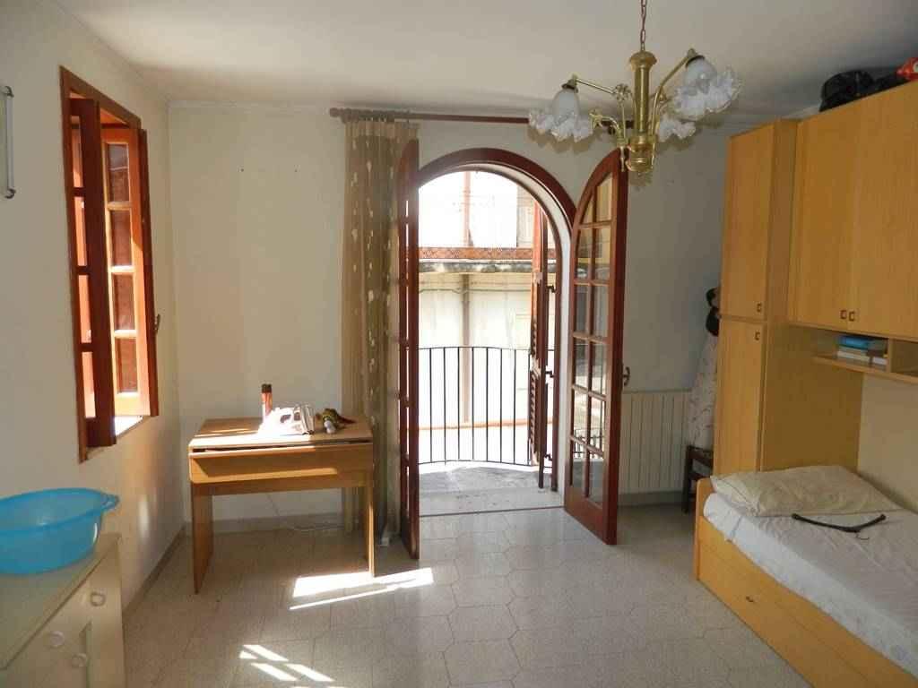 Casa indipendente in vendita a Villafranca tirrena