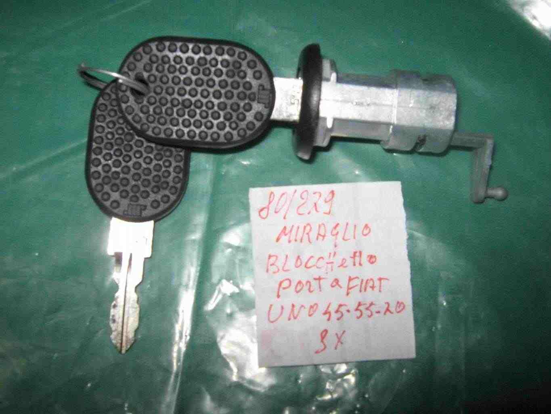 Blocchetto sportello con chiavi fiat uno tre porte d'epoca