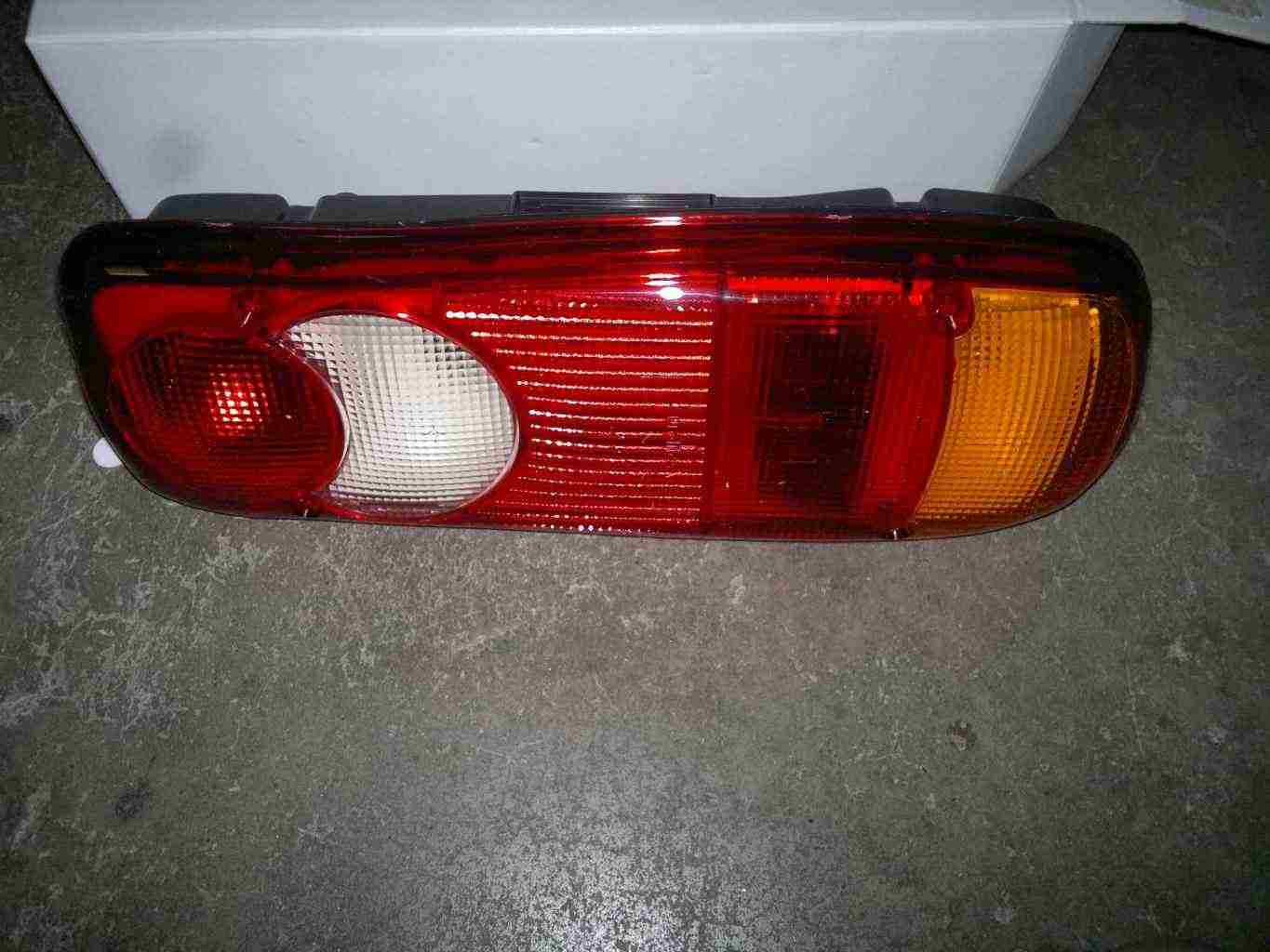 Fanale posteriore nissan cabstar-atleon-nt400-