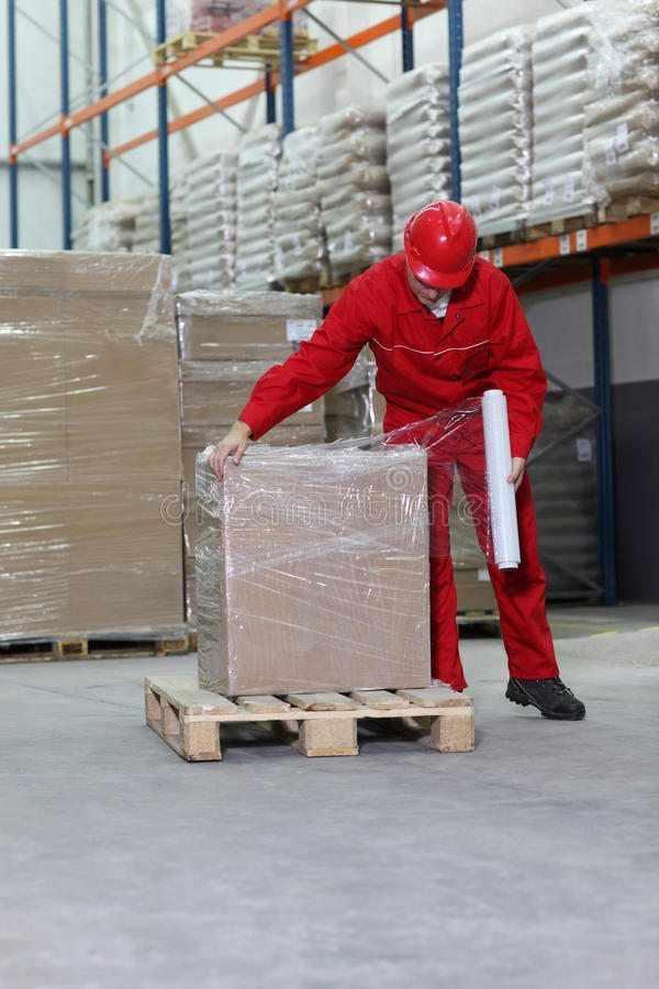 Addetto settore imballaggio