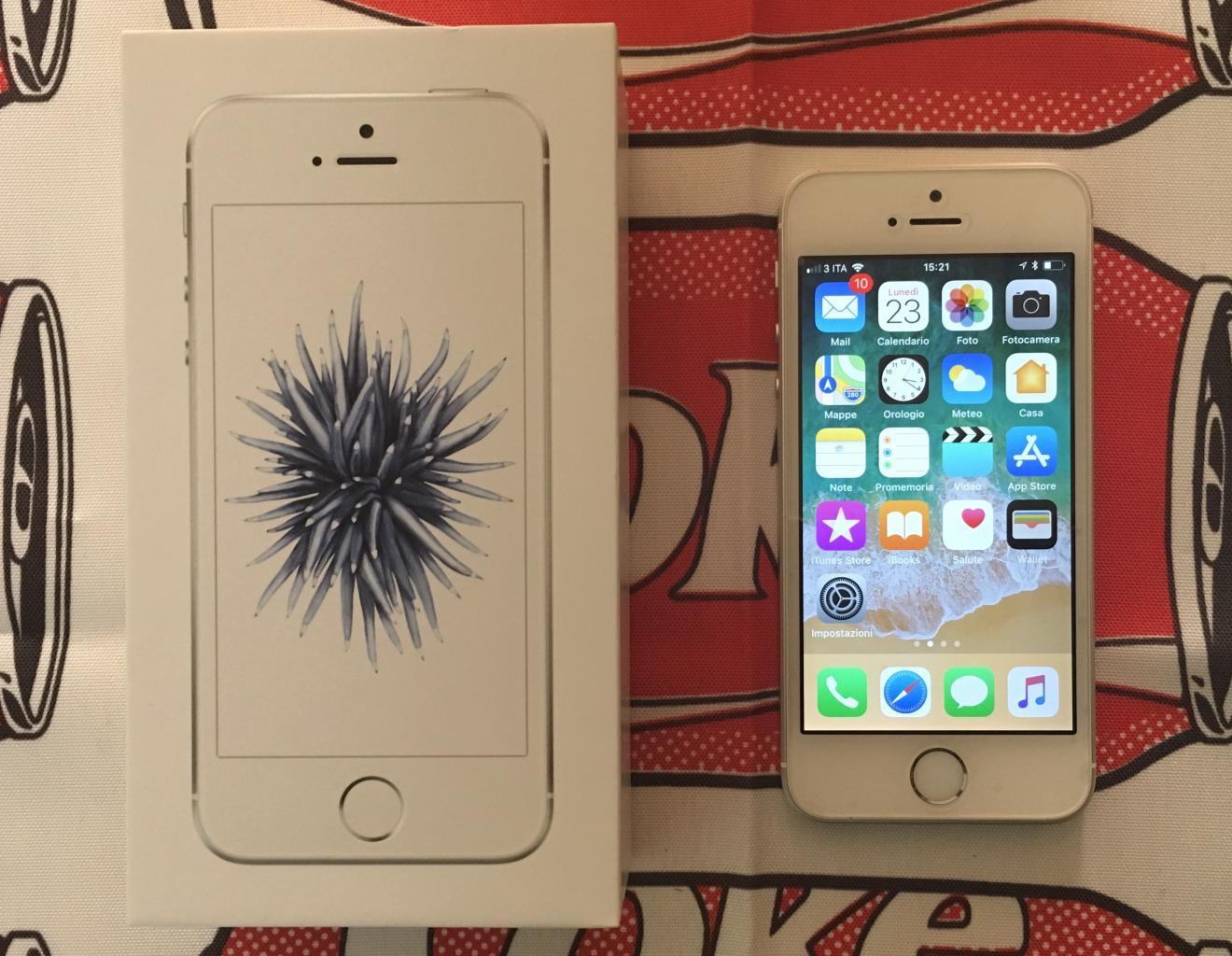 iPhone SE 64 GB Bianco
