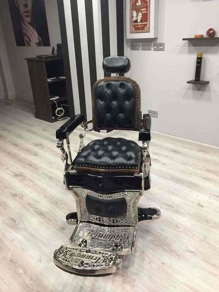 poltrona da barbiere Triumph modello Gran Lujo Nº1, fabbricata nel 1910