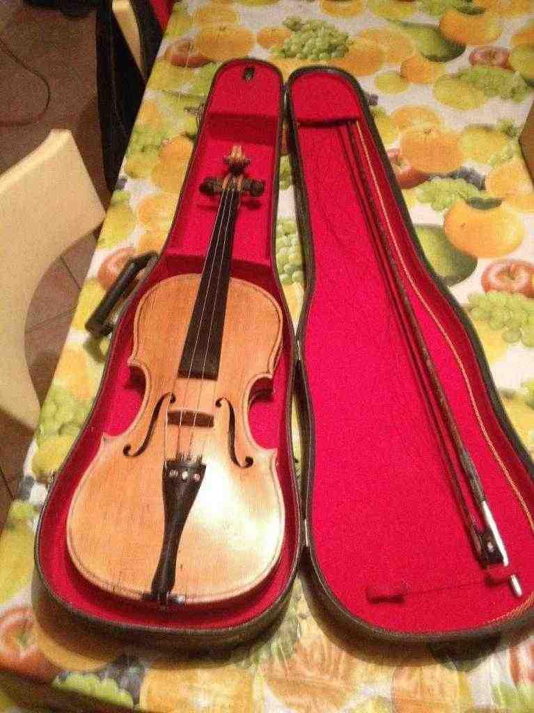 Violino antico Antiquariato Est europa