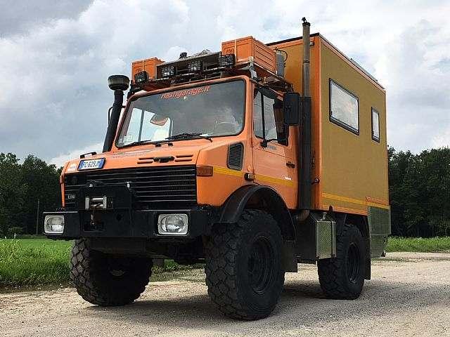 Mercedes-Benz U1400 Camper 4x4