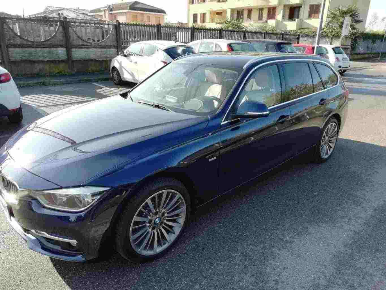 BMW Serie 3 (F30/F31) 335dA xDrive Touring Luxury allestimento Msport cerchi in lega da 18 anno 201