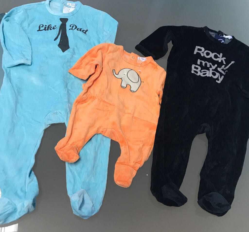 Stock Abbigliamento Bambino