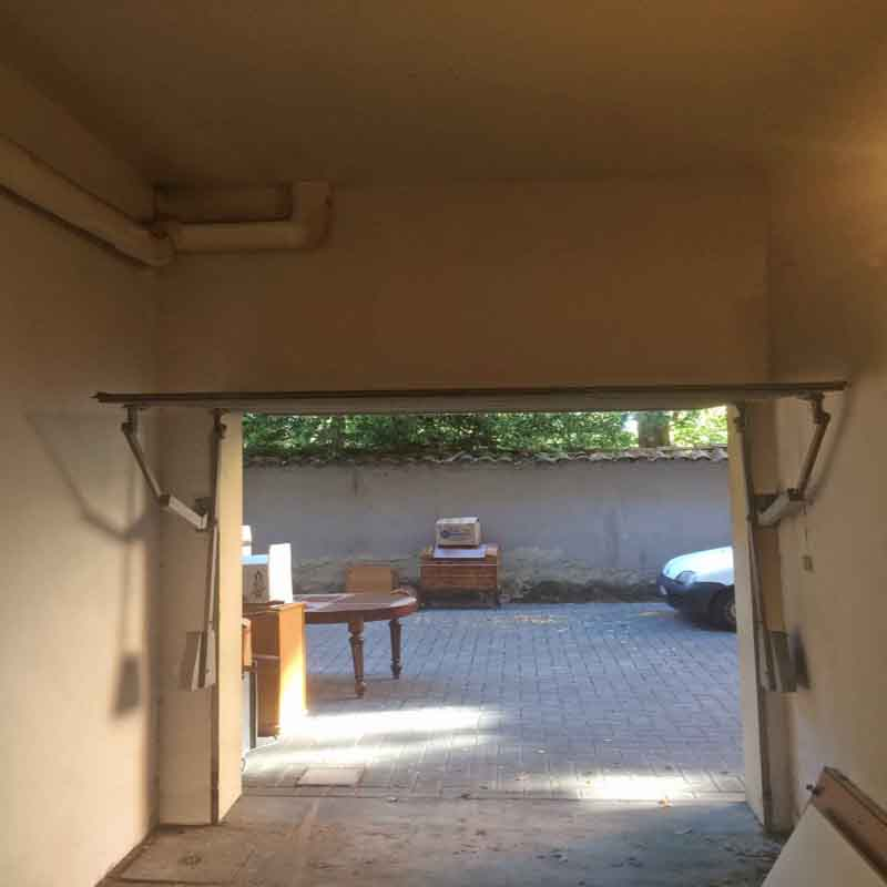affittasi Garage adiacente a Porta Saragozza\Ingegneria