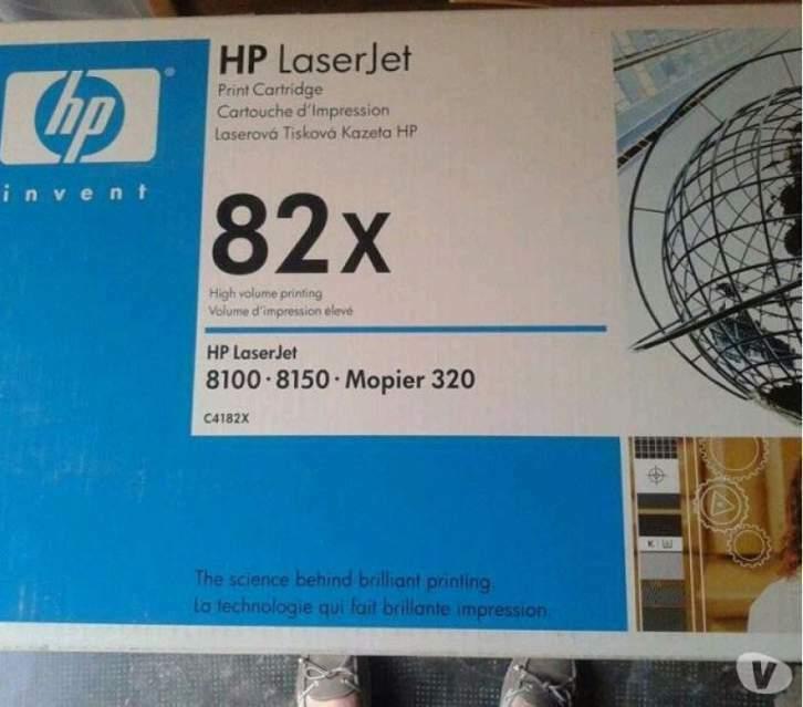 Privato vende toner originale HP Laserjet 82XsiglaC4182x