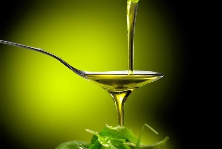 Olio EVO (extravergine) di oliva 100% naturale