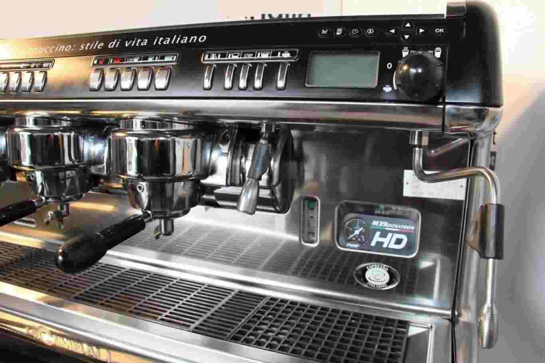 Macchina Caffè Professionale La Cimbali M39 HD 3 gruppi