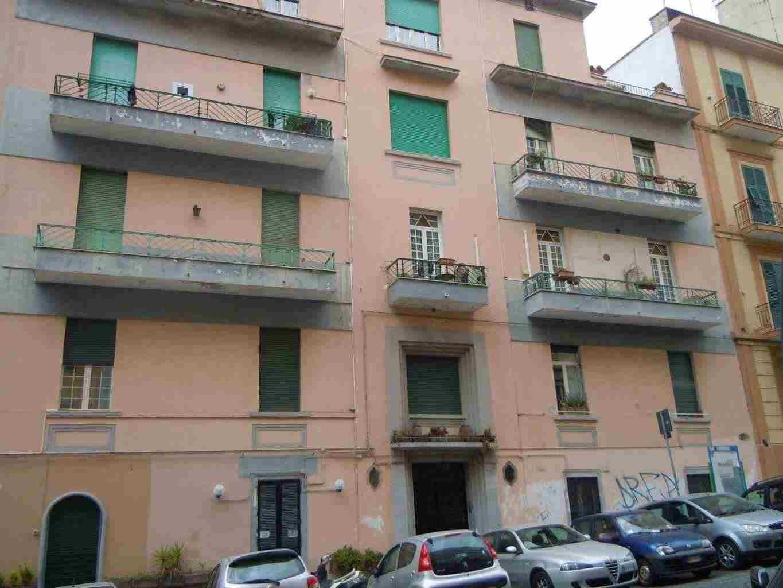 Appartamento 3 Locali con balcone  Vomero