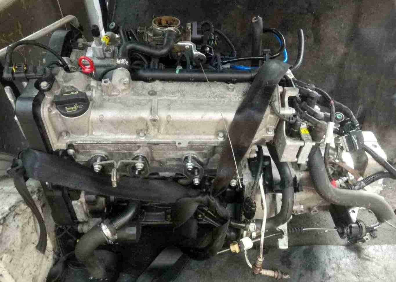 Motore Fiat Panda 1100 187A1000  tappo olio a vite
