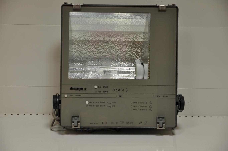 Apparecchi per illuminazione usati