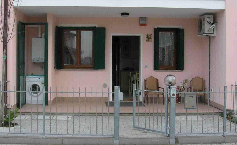 Quadri-famigliare - appartamento