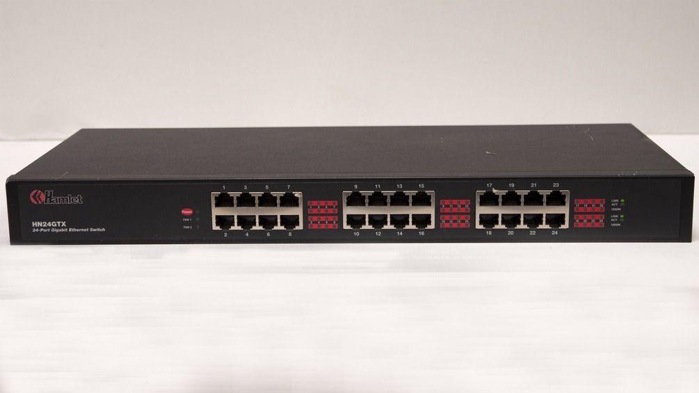 """Switch di rete 24 porte """"Hamlet"""", modello HN24GTX, usato"""
