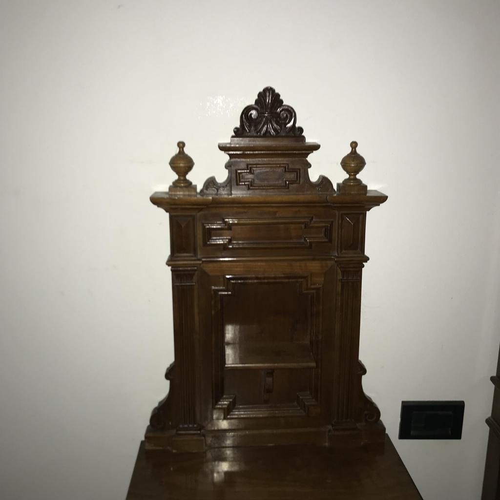 Camera da letto matrimoniale in legno massiccio inizio 鯜  Camera da letto inizio 鯜 in