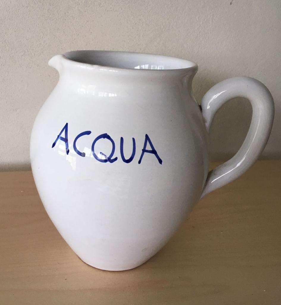 Brocca acqua in ceramica bianca