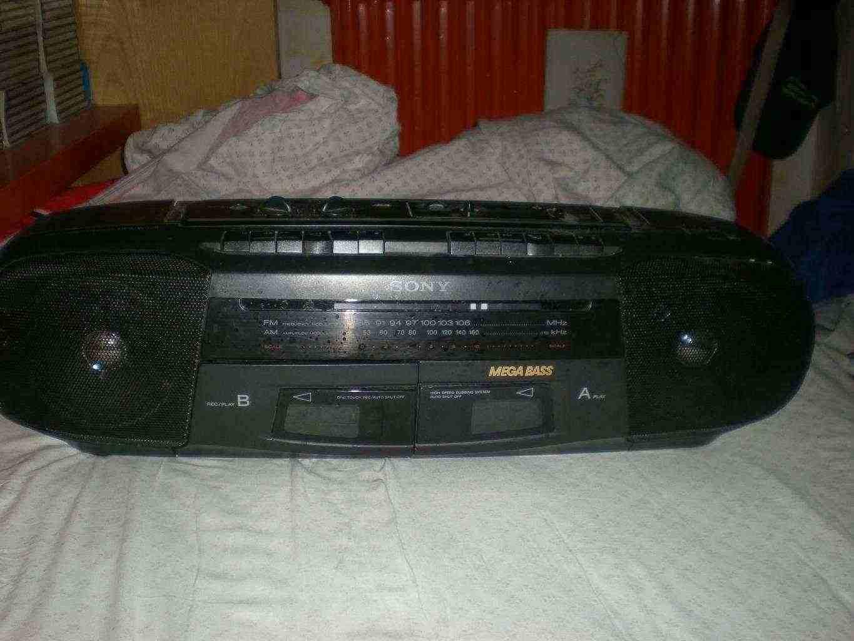 Vendo lettore per cassette /radio