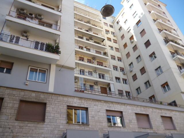 Appartamento in Piazza Eritrea, sesto piano