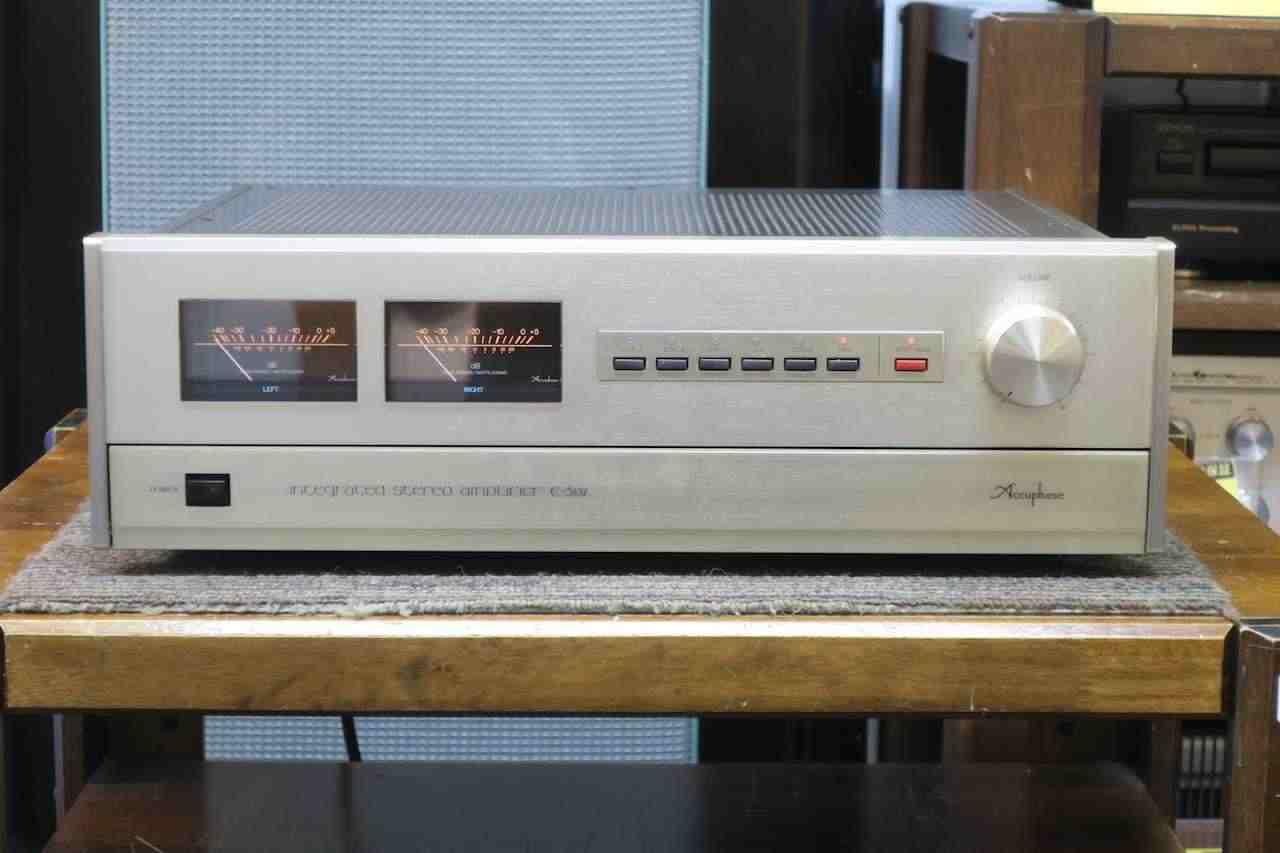 Accuphase E-302 Amplificatore integrato