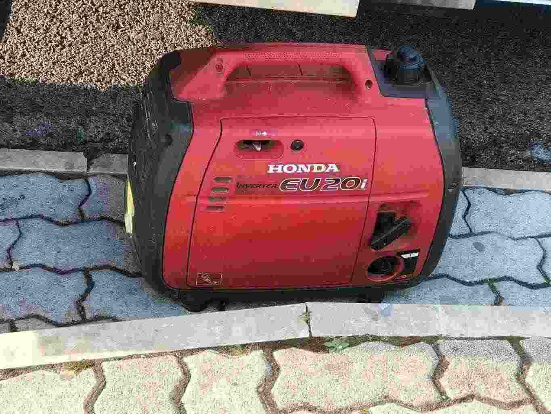 generatore honda EU 20i   2kw