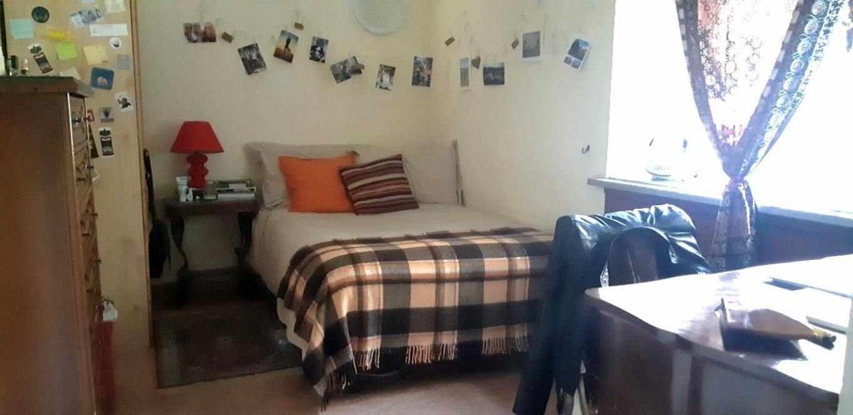 Ampia camera zona Villa Ada Roma