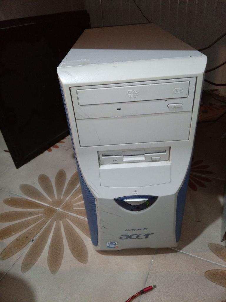PC Computer Pentium 4 2.8 ghz 256 MB ram P4M800 Biostar