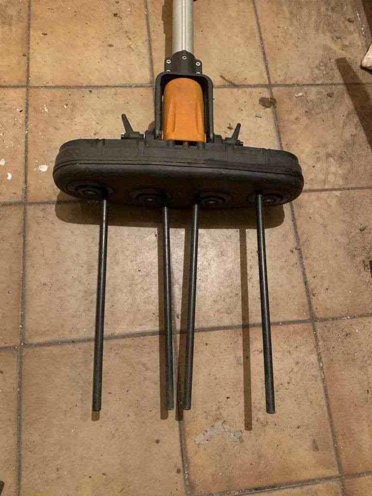 ABBACCHIATORE ELETTRICO OLIVE SCUOTIOLIVE SCUOTITORE 140W 12V