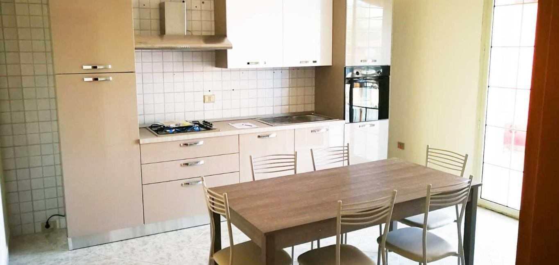 appartamento in villa arredato riferimento1108