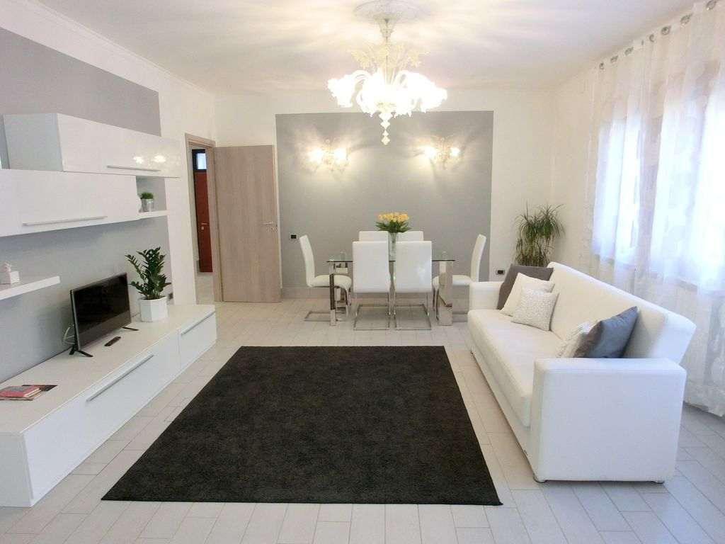 Appartamento Lusso-Spiaggia GENOVA (50m dal mare)