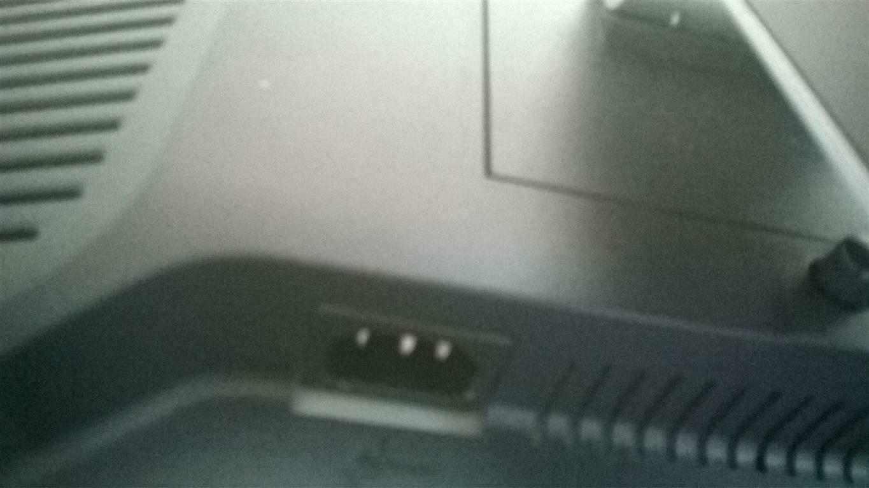 Vendo Monitor PC + set Casse Audio Surround, Hi-Fi