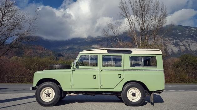 1971 Land Rover Defender Series 109