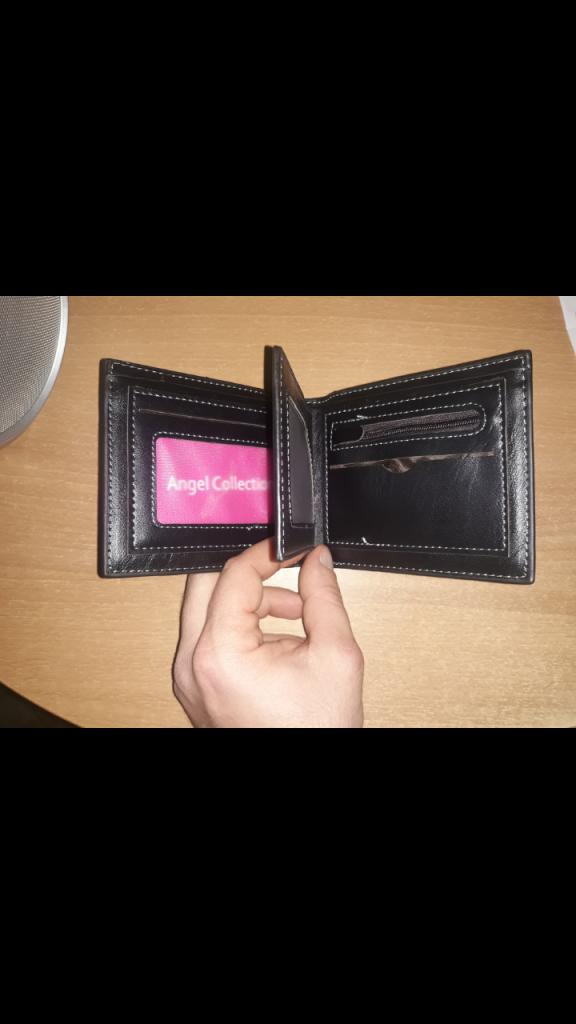 Portafoglio nero con porta monete nuovo