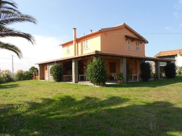 Casale fra Tarquinia tuscania