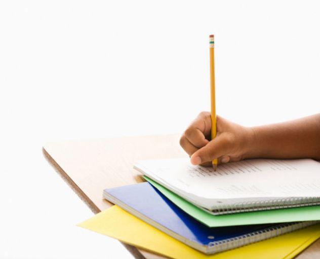 Aiuto compiti/ ripetizioni private / inglese / spagnolo