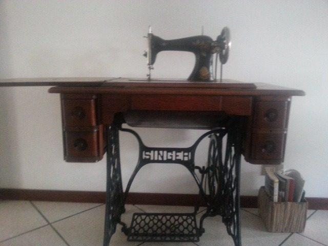 Macchina da cucire Singer del 1900