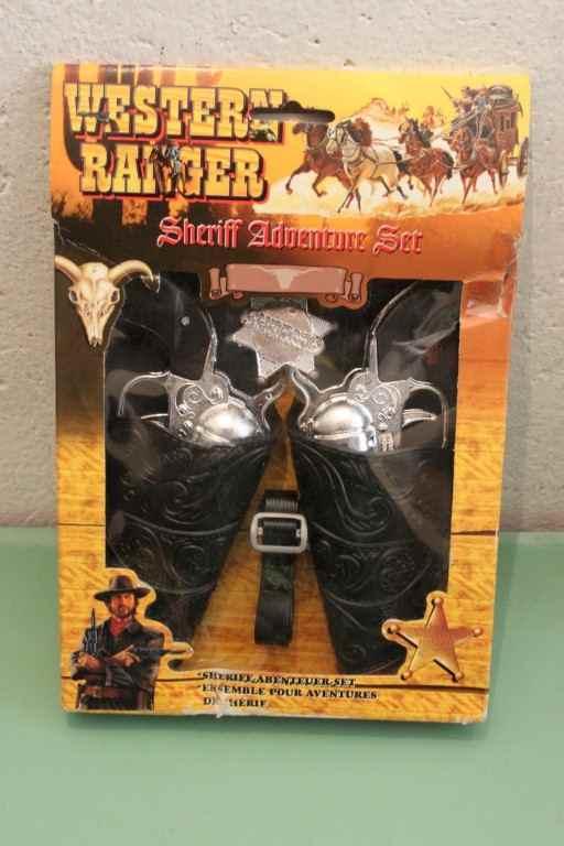 Set da due pistole da cowboy giocattolo con fodera, nuovo fondo magazzino
