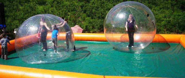 WATER BALL ...CAMMINARE  SULL'ACQUA