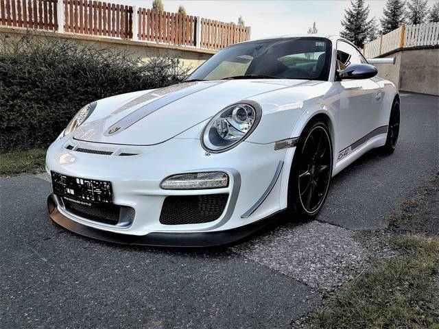 Porsche 911 Carrera S GT3 RS 4.0