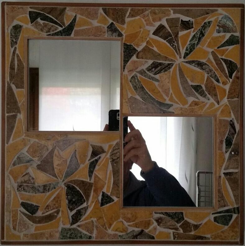 Specchio di pietre di marmo 42x42