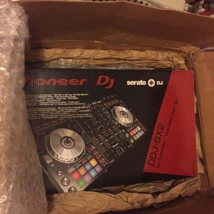 Quasi il 50% delle vendite SX2 Performance DJ Controller