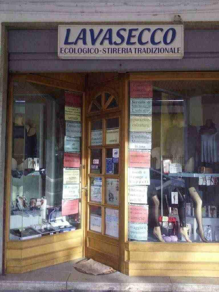 Cedesi attività di lavasecco tradizionale