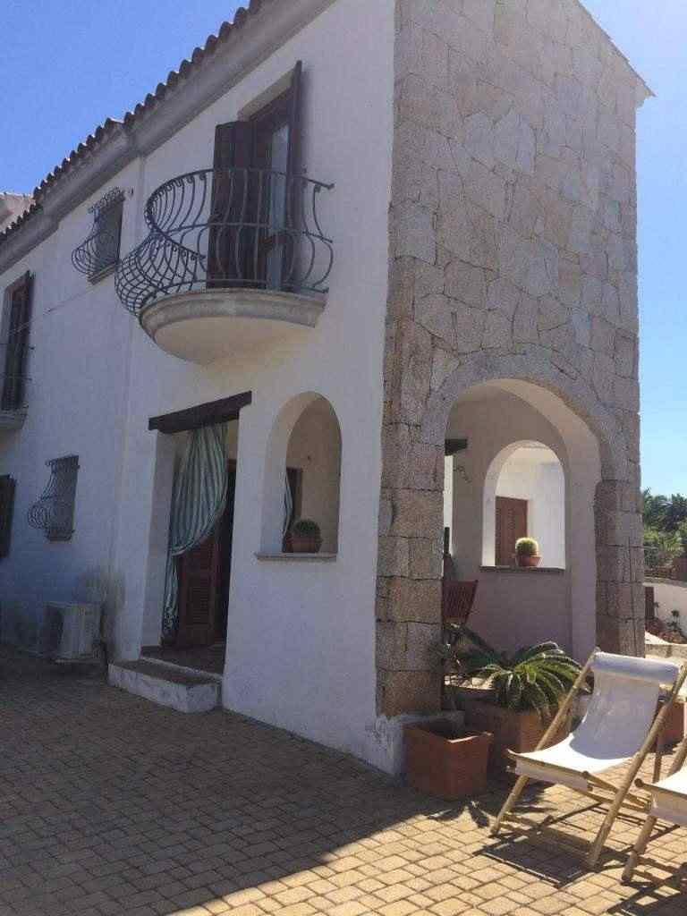 Case vacanze Grazia Deledda su 2 livelli a San Teodoro