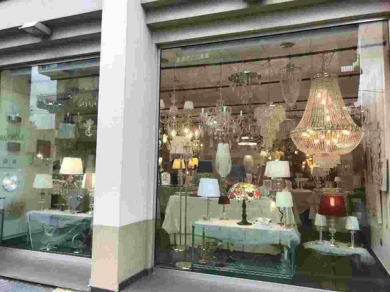 Stock merce illuminazione, art. regalo, casalinghi