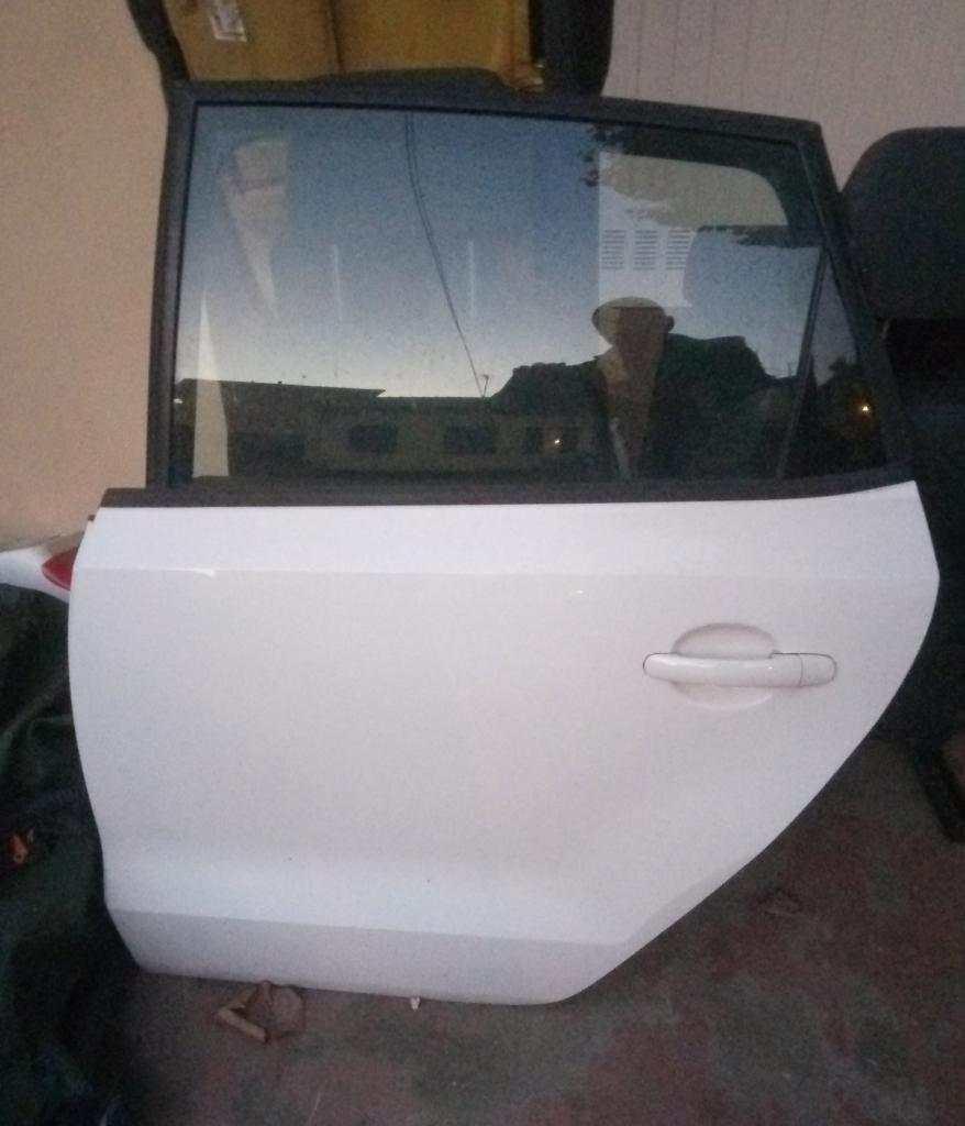 Porta portiera sportello post Volkswagen Polo 2013
