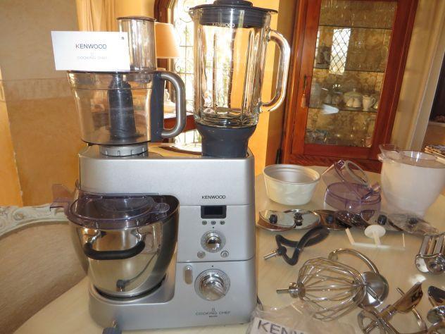 Ottime condizioni - vendoo  KENWOOD KM096 Cooking Chef usato pochissimo (quindi come nuovo)