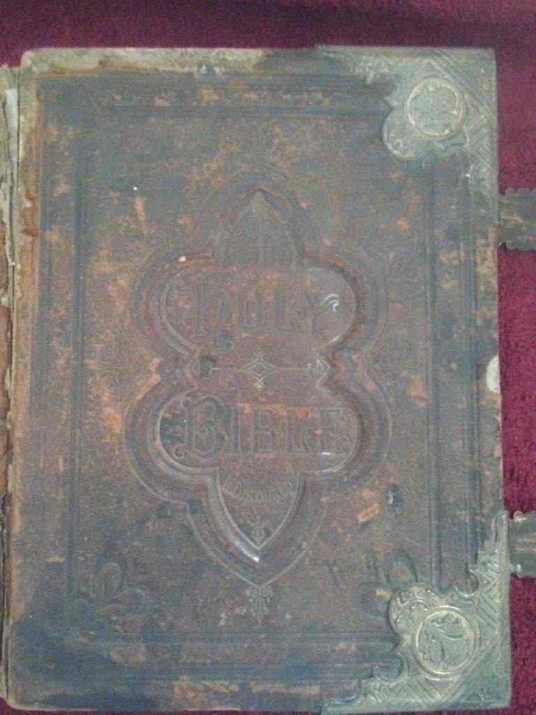 Antica bibbia inglese dell魸
